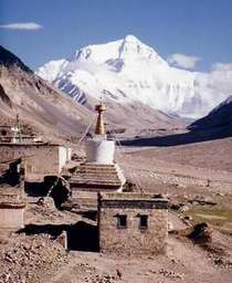 Mount_everest_from_rombok_gompa2c_2