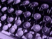 1004996_antique_typing_keyboard